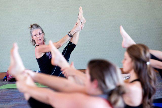 kiz_yoga-destress